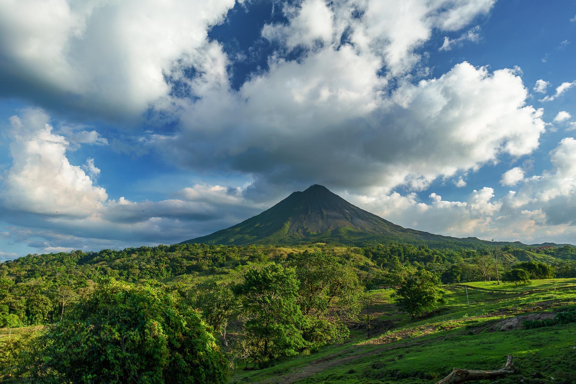 volcan de costa rica viaje agencia de viajes valladolid